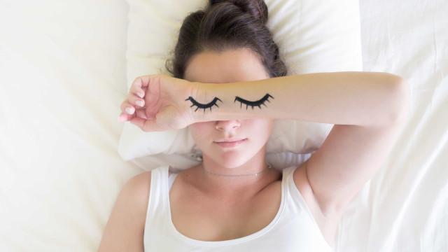 Por que algumas pessoas dormem só 4 a 5 horas por noite e ficam bem?