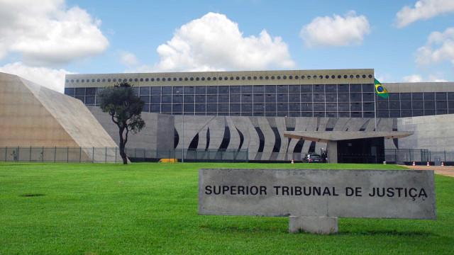Ministros avaliam que STF empurrou impasse sobre foro para o STJ