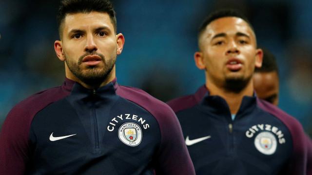 Guardiola relata insatisfação de Agüero na disputa com Gabriel Jesus