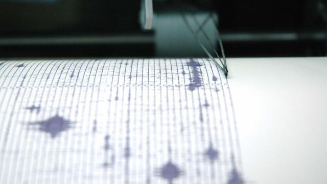 Terremoto de magnitude 6.1 abala a Indonésia