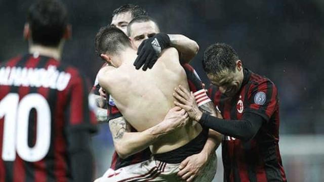 Milan vence Inter na prorrogação e ameniza crise