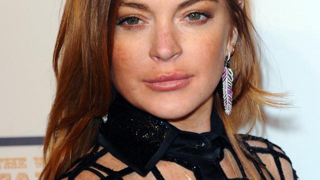 Transmissão ao vivo de Lindsay Lohan termina de forma violenta