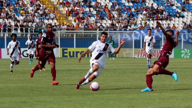 Vasco vence Juventus na estreia da Copinha