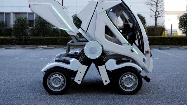 Empresa japonesa cria carro dobrável inspirado em 'Transformers'