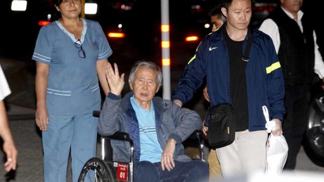 Justiça do Perumantém processo contra Fujimori, apesar de indulto