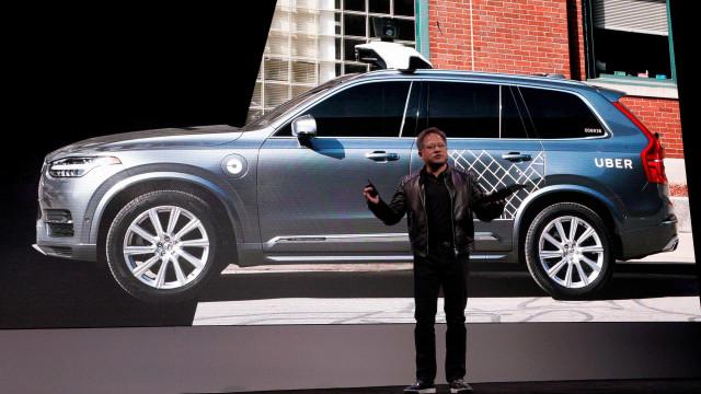 Nvidia anuncia parceria com Volks e Uber para produzir carros autônomos