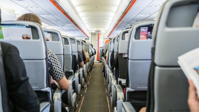 Avião faz pouso de emergência no RS após passageira passar mal