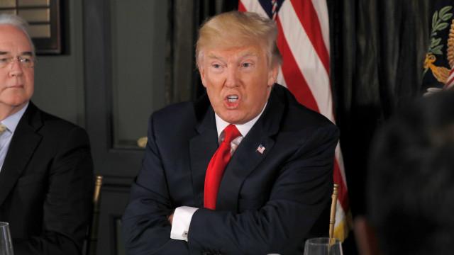 Em resposta a Kelly, Trump diz que não mudou de ideia sobre muro