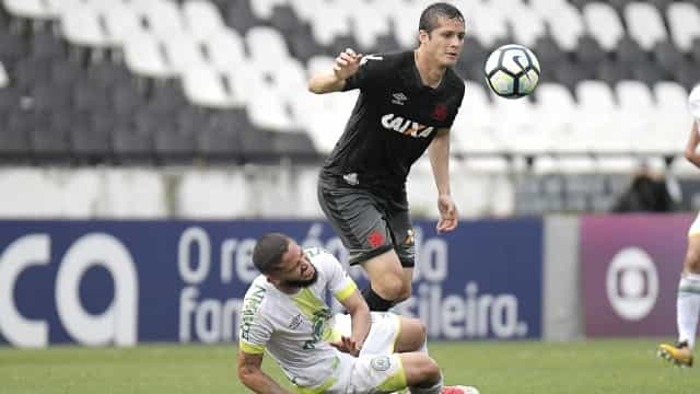 Após rescindir com o Vasco, Anderson Martins acerta com o São Paulo