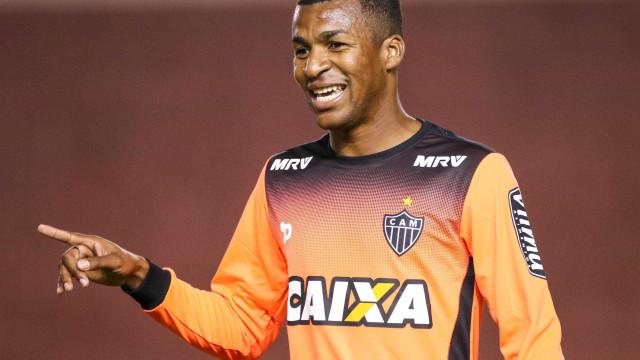 Atlético-MG empresta ao Vasco zagueiro que já defendeu o Flamengo