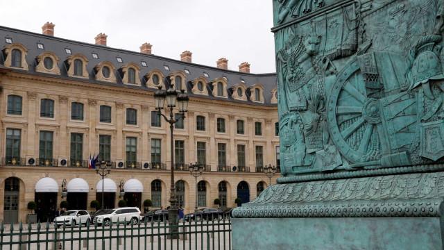 Joias de princesa saudita são roubadas de Hotel Ritz, em Paris