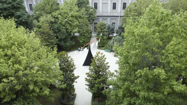 Colecionadora doa obras de artistas brasileiros para MoMA e Reina Sofía