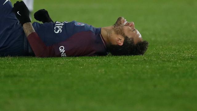 Com dores nas costelas, Neymar desfalca o PSG contra o Nantes