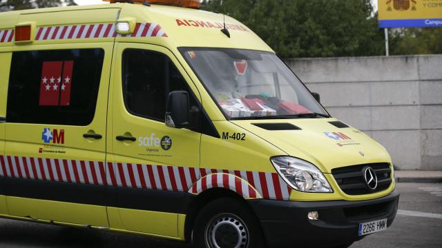 Teto falso de boate despenca e 26 pessoas ficam feridas em Madri
