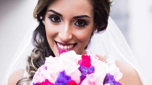 Mulher morta a facadas provocou suspeita com post nas redes sociais