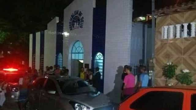 Evangélico é assassinado dentro de igreja durante culto