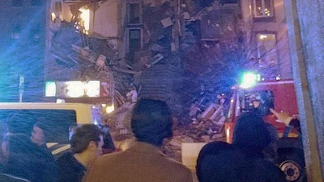 Prédio desaba após explosão e deixa ao menos 14 feridos na Bélgica