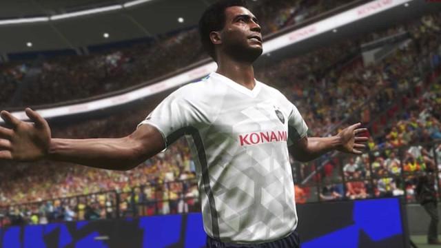 Romário é anunciado como jogador lendário do PES 2018