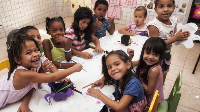 Parcela de R$ 981 milhões do salário-educação vai para ensino básico
