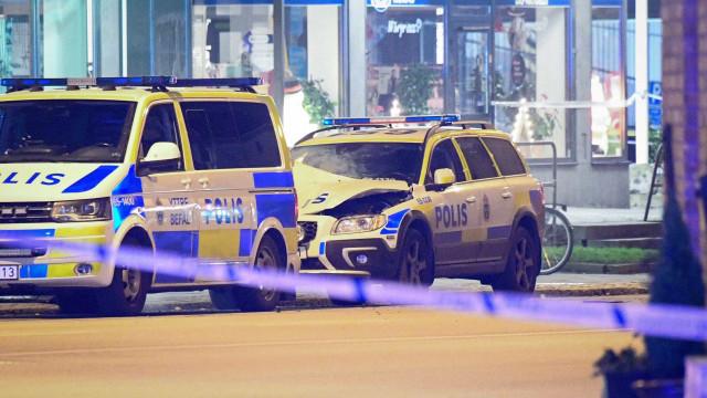 Explosão atinge delegacia em Malmö, na Suécia