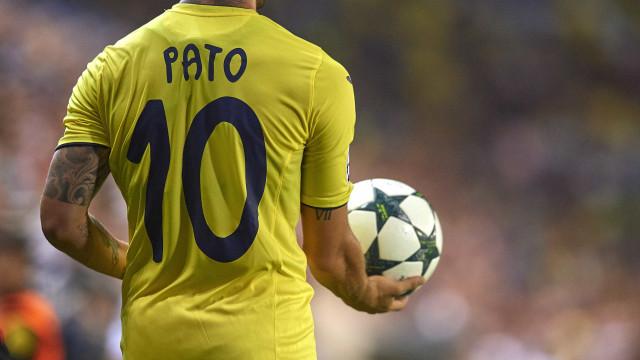 Empresário comenta sobre rumores de que Pato voltará ao Brasil