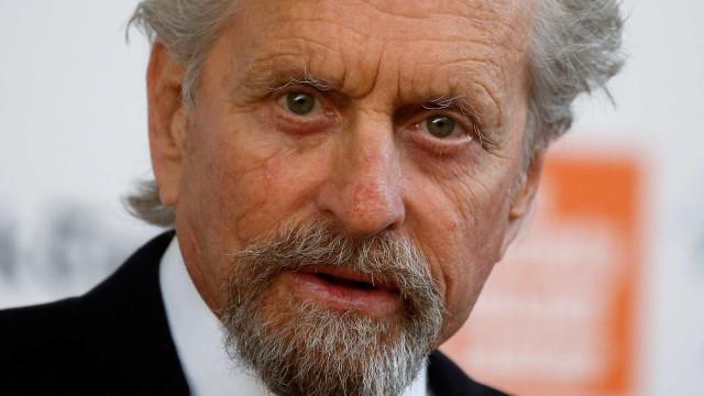 Michael Douglas é acusado de assédio sexual nos anos 1980