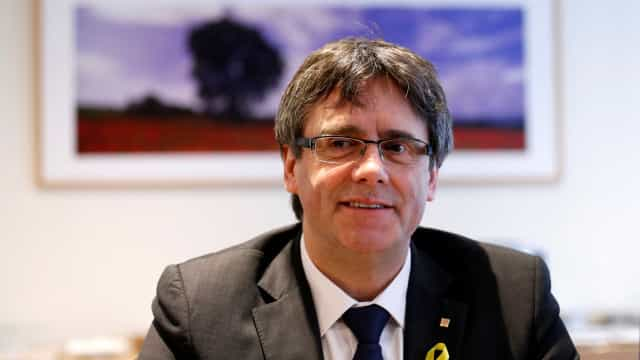 Puigdemont diz que pode governar Catalunha do exílio