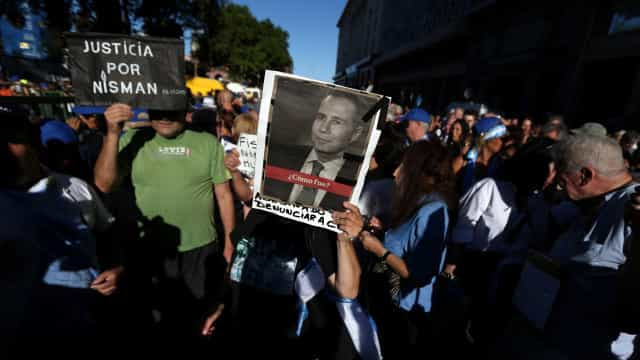 Nisman foi vítima de crime de lesa-humanidade, diz ex-esposa