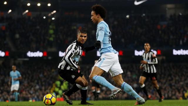Agüero faz três gols e garante vitória do City sobre o Newcastle