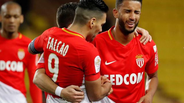 Ex-Flamengo marca golaço, e Monaco vence no Campeonato Francês