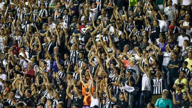 Atlético-MG poderá ser punido por grito homofóbico que cita Bolsonaro