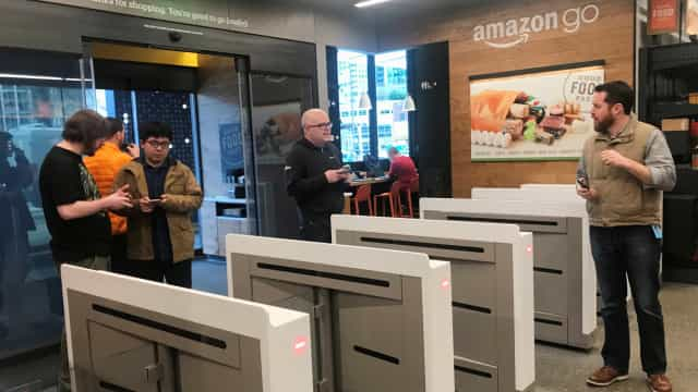 Amazon inaugura 1º supermercado sem caixas