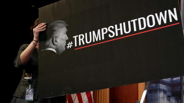 'Shutdown' pode impedir presença de Trump no Fórum de Davos