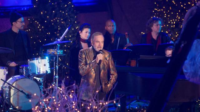 Neil Diamond revela que tem Parkinson e vai deixar os palcos