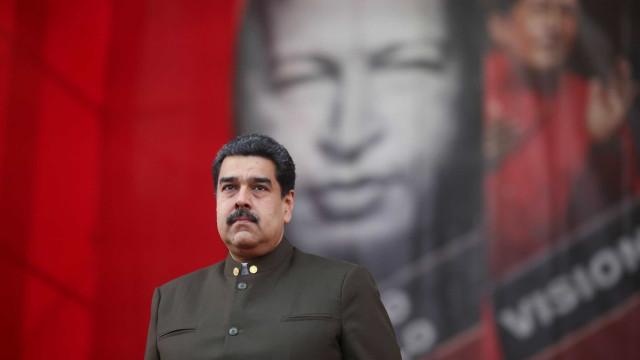 Maduro convoca exercícios militares para 24 e 25 de fevereiro