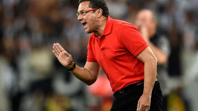 Vanderlei Luxemburgo acerta com canal de TV para comentar a Copa