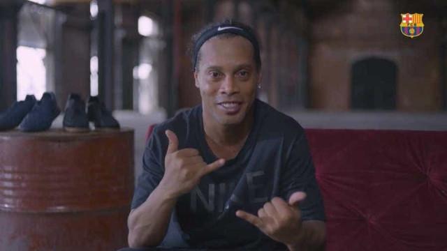 Ronaldinho manda recado para Coutinho antes de estreia pelo Barça