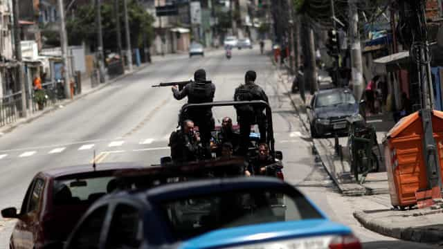 Rio: Militares fazem operação na Vila Vintém nesta quinta-feira