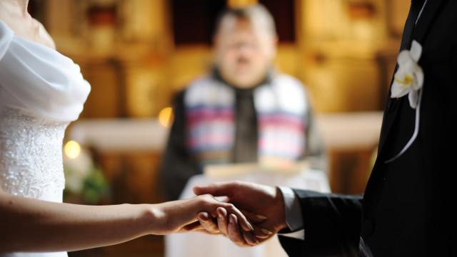 Câmara prioriza projeto que proíbe casamento de menores de 16 anos