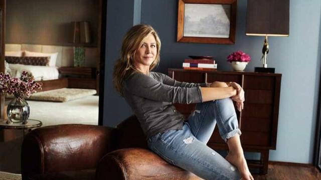 Jennifer Aniston mostra sua mansão que comprou por US$ 21 milhões