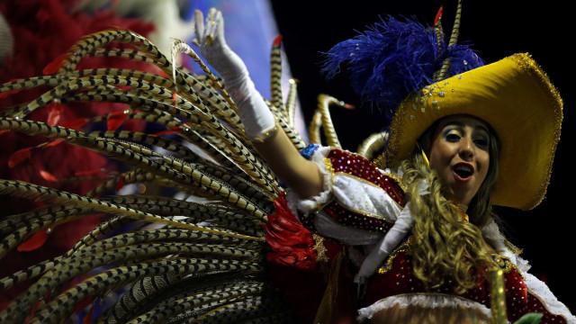 Oito escolas fazem o desfile das campeãs de São Paulo