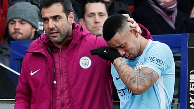 Gabriel Jesus admite que temeu por ida à Copa quando machucou joelho