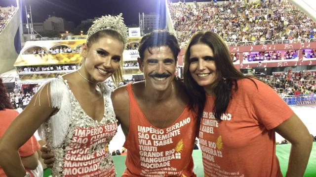 Musas, beijos e camarotes: a folia dos famosos no 4º dia de Carnaval