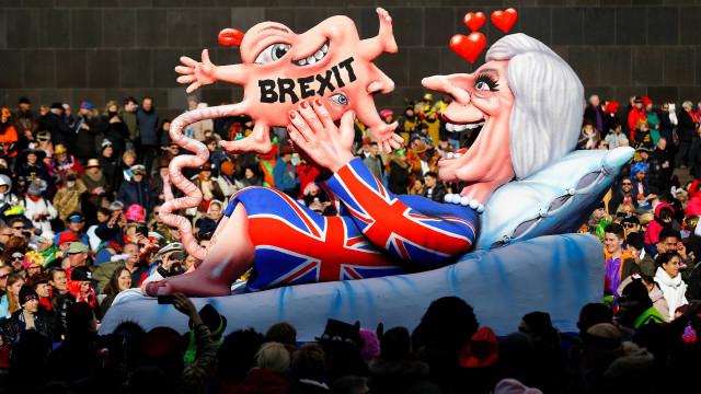 França defende que Inglaterra não seja 'humilhada' por causa do Brexit