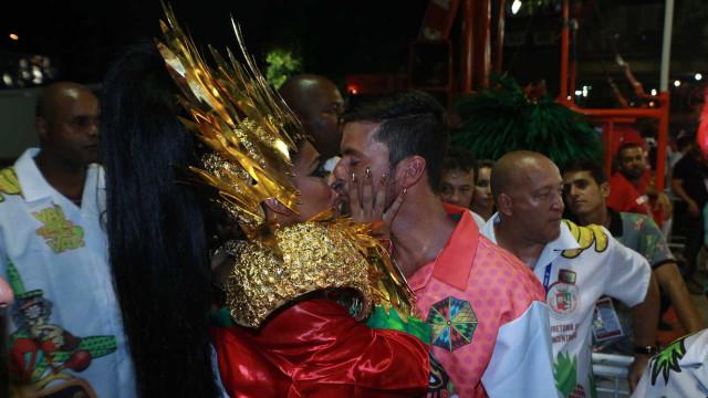 Marido de Juliana Paes baba pela atriz: 'Rainha da p. toda'