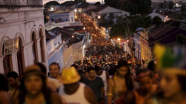 Olinda tem atrações em 10 polos nesta terça; festa acaba amanhã