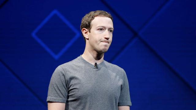 Usuários denunciam que Facebook saiu do ar
