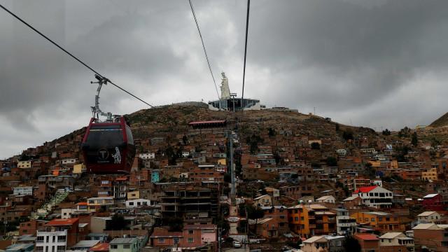 Explosão deixa mortos e dezenas de feridos na Bolívia