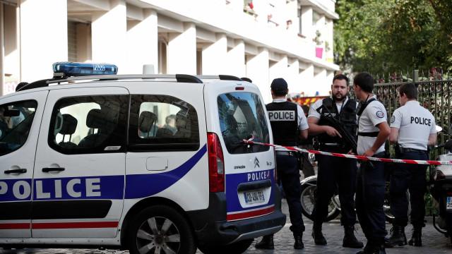 Homem embriagado esfaqueia seis pessoas em Paris