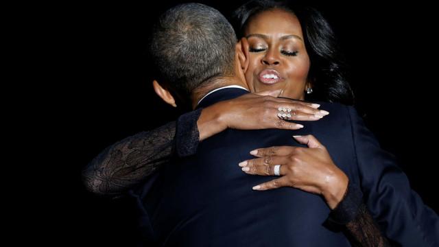 Michelle dedica playlist de namorados a Obama; ouça as músicas